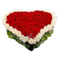 """Сердце из роз """"Люблю крепко"""""""