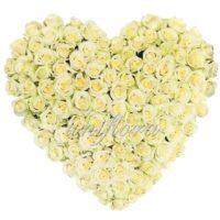 """Композиция из роз """"Люблю больше жизни"""""""