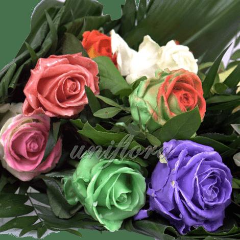 Восковые розы